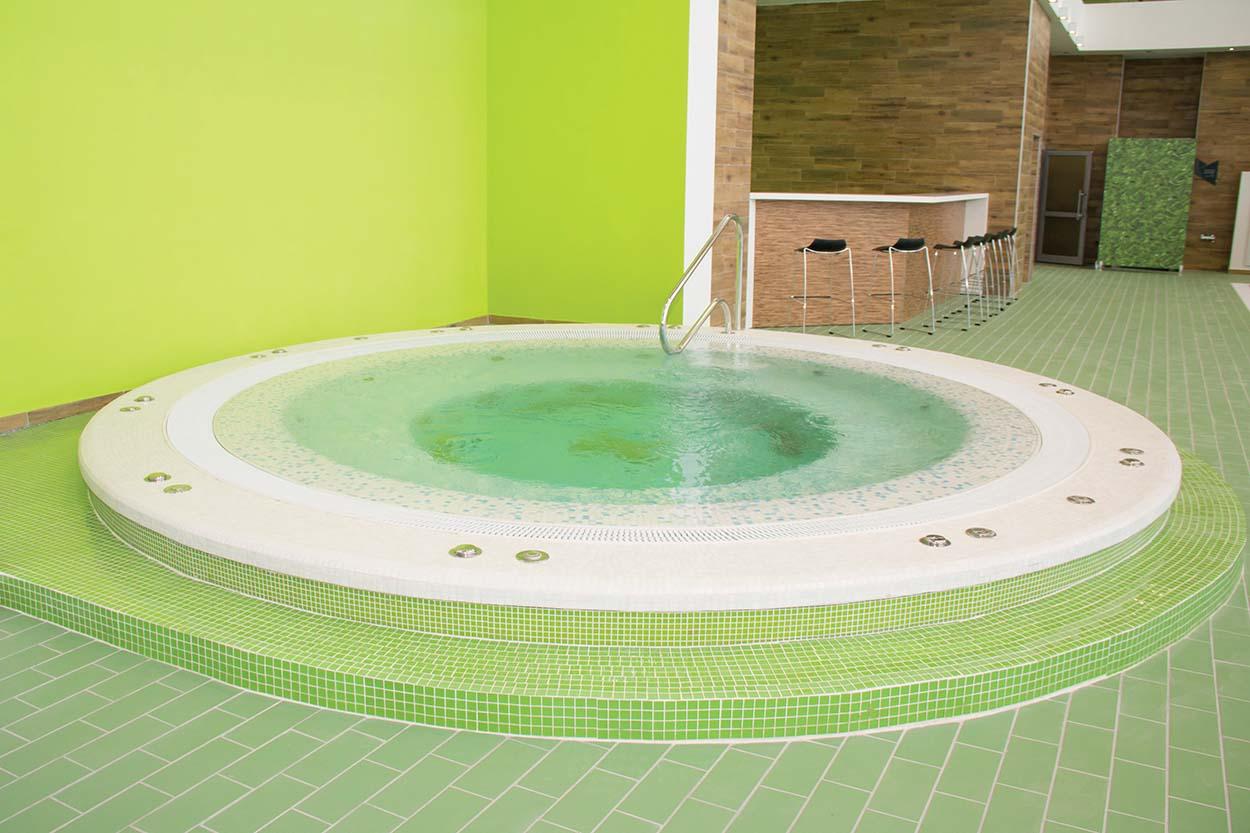 Sportcomplex Inside Pools (11)-r