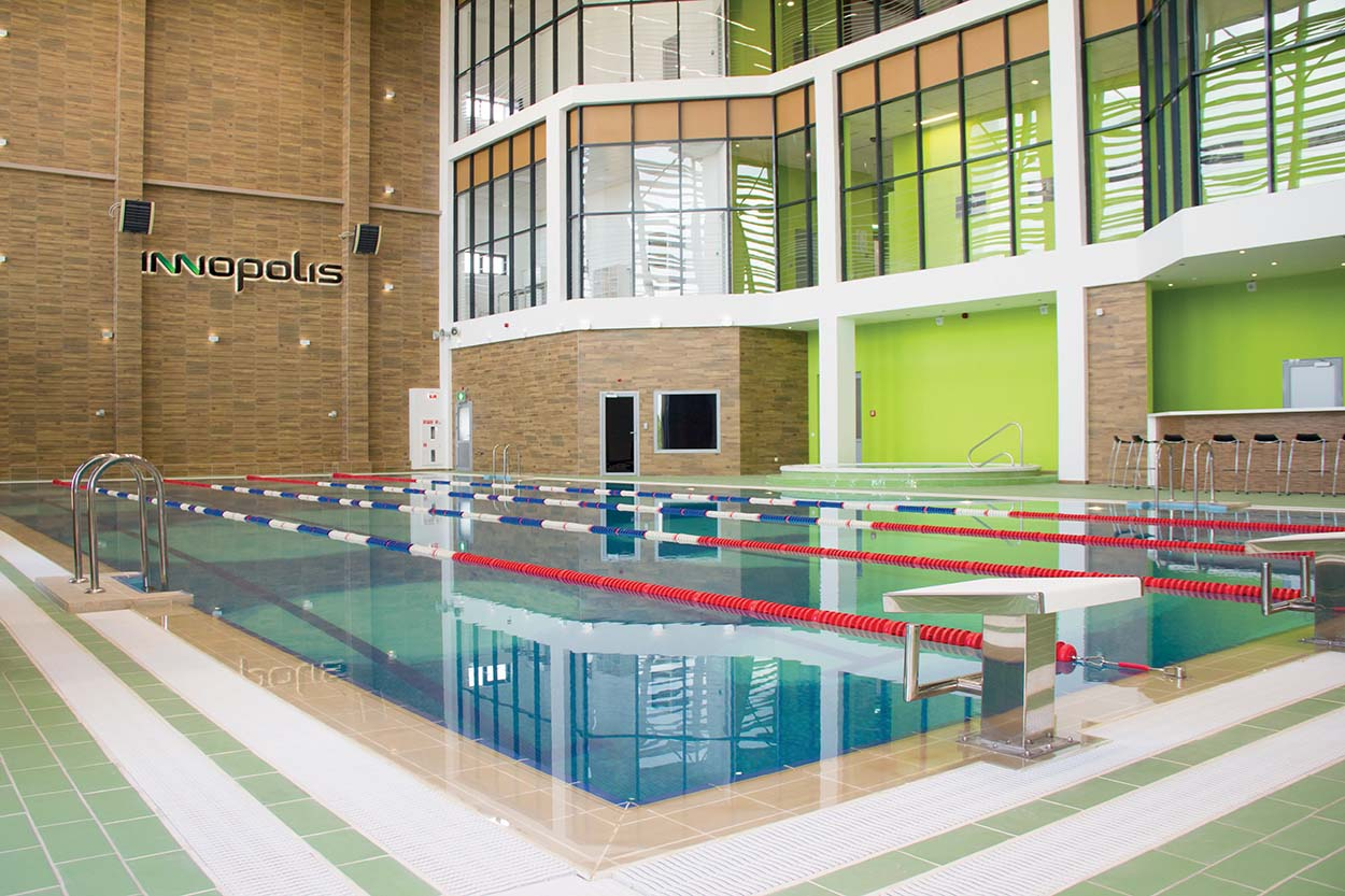 Sportcomplex Inside Pools (2)-r